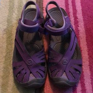 EUC Purple Keen Sandals